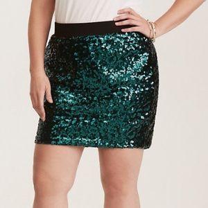 Torrid sz 0 Green Sequin Ponte Mini Skirt